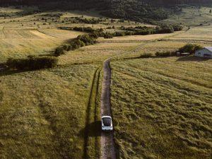 Auto u prirodi